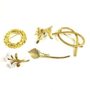 Vintage Brooch Lot 5 Pieces Floral Wreath Initial